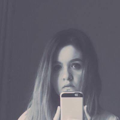 Patricia-Elena zoekt een Huurwoning / Kamer / Appartement / Studio in Groningen