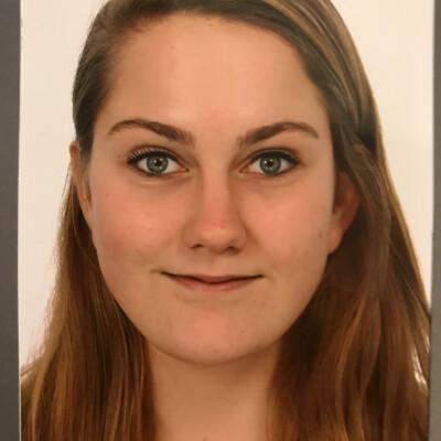 Laura is looking for an Apartment / Rental Property / Studio / HouseBoat in Groningen