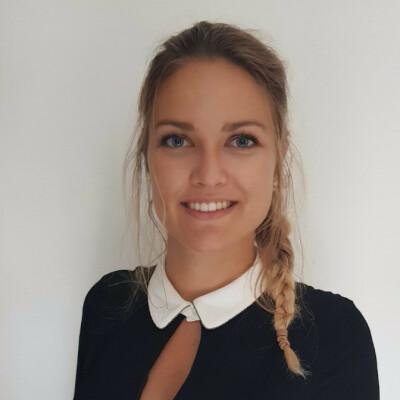 Anna zoekt een Appartement / Huurwoning / Kamer / Studio / Woonboot in Groningen