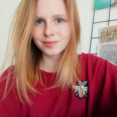 Julia zoekt een Appartement / Huurwoning / Kamer / Studio / Woonboot in Groningen